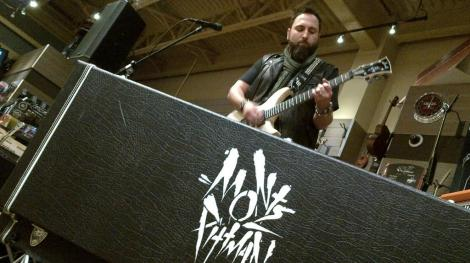 Monte Pittman and his Jarrell MPS guitar